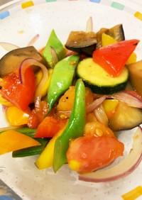 パスタの具にも☆彩り夏野菜たっぷり焼浸し