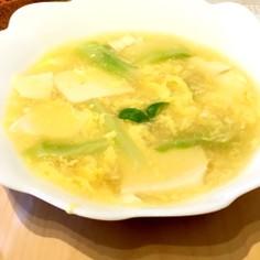 簡単 残り豆腐とブロッコリー茎のスープ