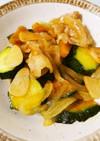 豚バラ肉と夏野菜のにんにく醤油炒め