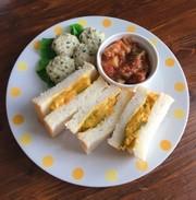 夏休みランチ!サンドイッチでワンプレートの写真