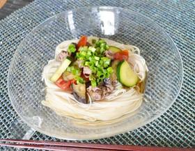 夏野菜とお肉のせぶっかけ素麺♪