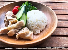 冷凍肉×炊飯器で簡単カオマンガイ