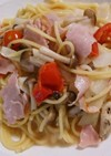 トマトとキノコとハムのマヨだしの素パスタ