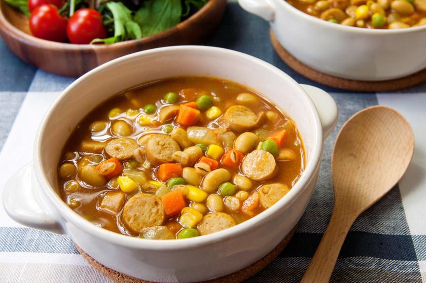 コロコロ野菜とウインナーのカレースープ