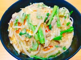 空心菜ともやしの中華風ピリ辛餡かけ蕎麦