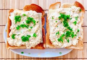 おかかとほったらかし卵で和のトースト