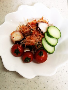 暑い!火なし簡単、たこ海藻キムチサラダ