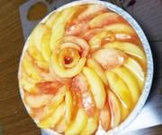 焼かずに簡単桃タルトの写真
