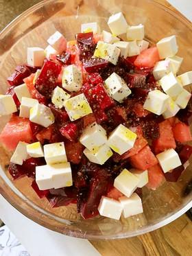 スイカとビーツのシンプルサラダ