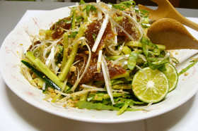 花の鯛茶漬けでサラダ(よか魚ドットコム)