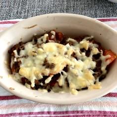 トマトとミンチのチーズ焼き