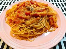 フレッシュトマトとチーズのパスタ