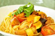夏野菜と鮪尾肉の冷製トマトパスタの写真