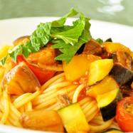 夏野菜と鮪尾肉の冷製トマトパスタ