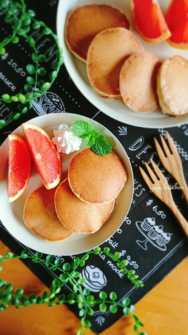 HMで簡単☆胡麻ときな粉のパンケーキ。