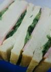きゅうりたっぷりハムチーズサンドイッチ