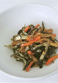 ゆで干し大根とかえり煮干しの炒め物