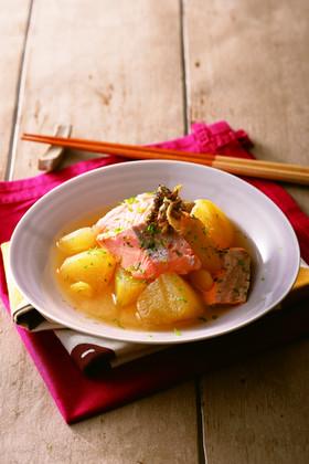 秋鮭のふんわり甘酒煮