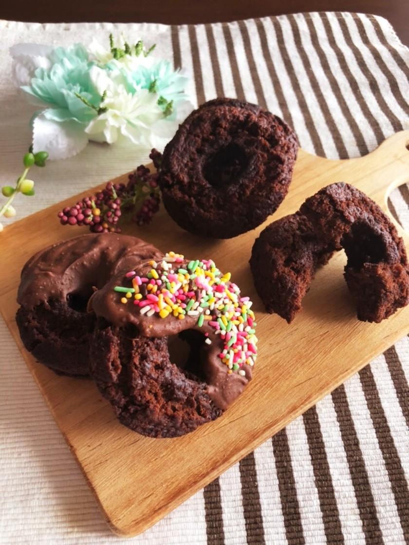 オールドファッションチョコレートドーナツ