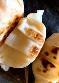 冷凍食品でエビとカニのチーズグラタン餃子