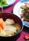 麺つゆで♪豆腐入り鶏団子と白菜の吸い物