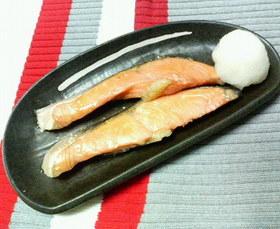 ✿甘塩鮭の❀照り焼き✿大根おろし添え