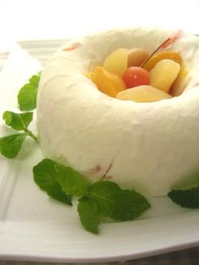 フルーツたっぷり♪ヨーグルトアイスケーキ