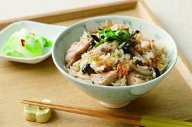 缶詰レシピ♪鮭缶ときのこの炊き込みご飯