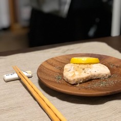 メカジキのソテー 〜にんにくマシマシ〜