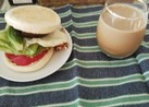 Pascoのマフィンでハンバーガー
