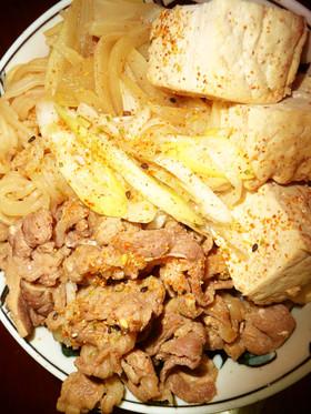 肉豆腐のオンザライス いわゆる一つの丼物
