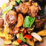 揚げなすと肉団子の黒酢炒め QC 夏野菜