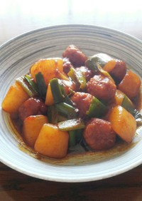 ピリ辛味噌☆鶏団子と大根の炒め煮