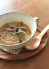 ストウブで葱油からのこんにゃくスープ
