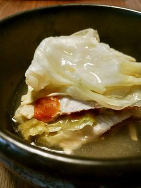 キャベツと豚肉の重ね蒸し~ライム風味~