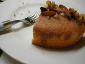 ナッツキャラメルケーキ