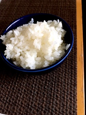 冷めても古いお米でも艶ピカ!ご飯