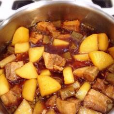 秋になると食べたくなる豚バラ煮込