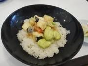 「松山一寸そらまめ」のかき揚げ丼の写真