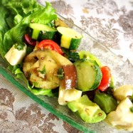 モッツァレラチーズと夏野菜の和え物