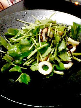 三つ葉のさっぱりサラダ