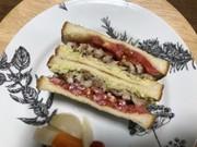 照焼き風☆豚肉とキャベツのトーストサンドの写真
