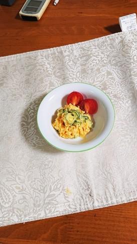 さつま芋ときゅうりだけのシンプルサラダ