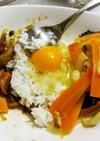 残り物肉野菜炒め2種でスタミナTKG♂