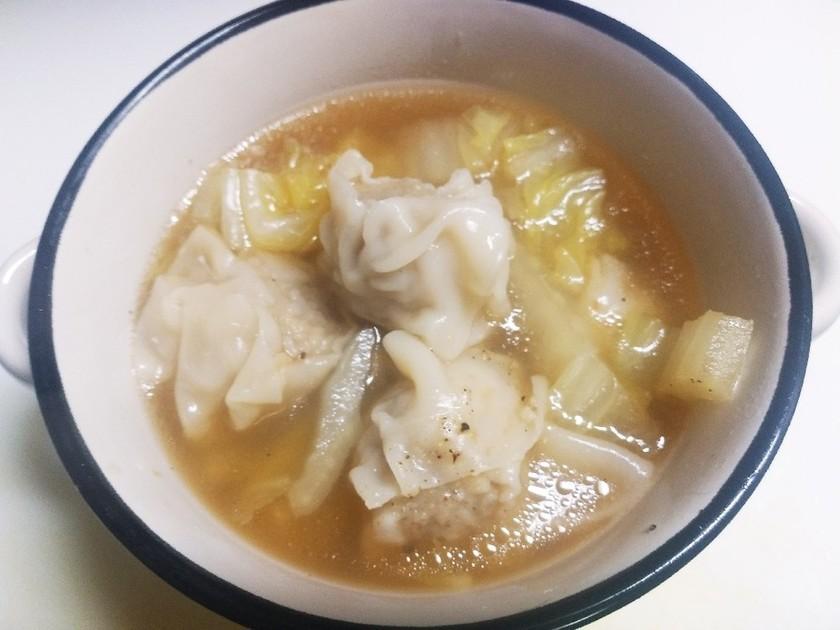 白菜と焼売の中華風スープ