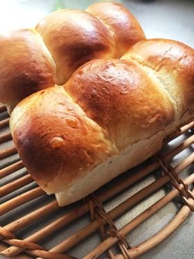 手捏ねで柔らか食パン!生クリーム蜂蜜入り