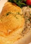 スフレオムレツ キノコとチーズのソース