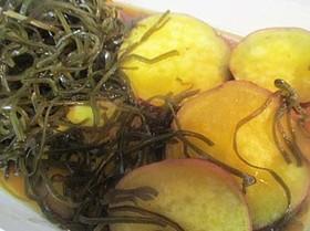 サツマイモと切り昆布の炊いたん