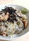海苔と鮭の炊き込みご飯