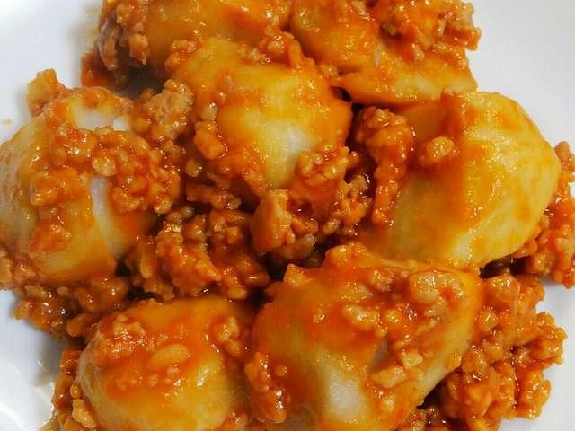 里芋 鶏 ひき肉